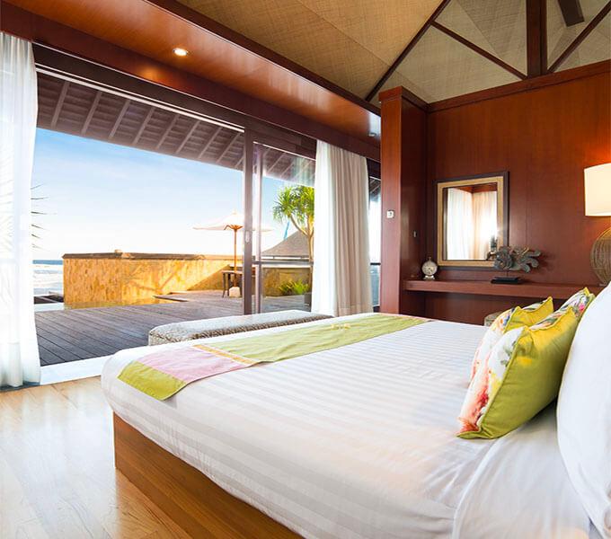 Villa Bayu Gita Beachfront - Master suite one